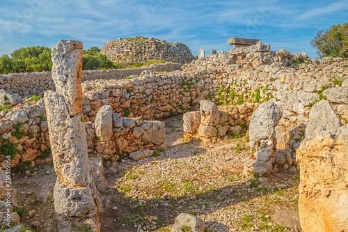 In de dag Rudnes Trepuco Talaiotic Village Ruins at Menorca Island