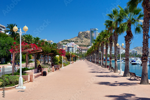 Seafront promenade of Alicante. Costa Blanca, Spain Fototapeta