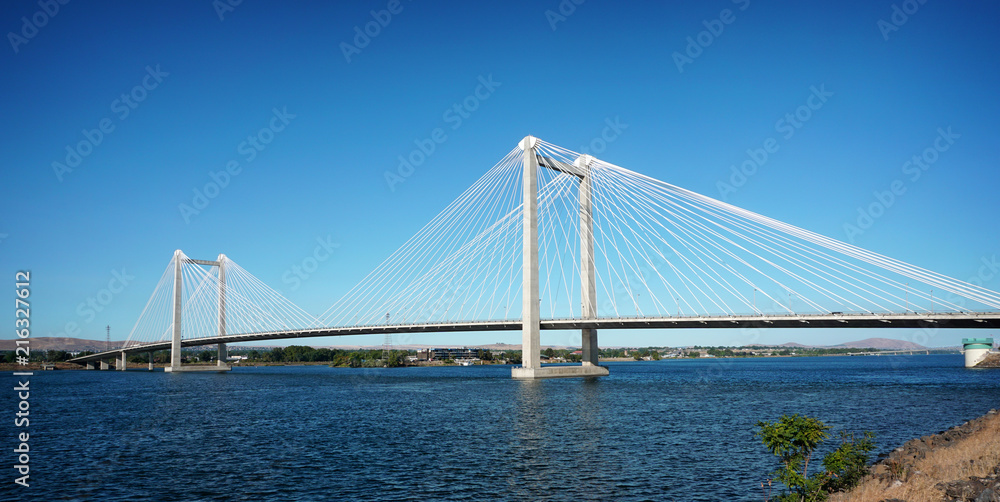 Fototapety, obrazy: cable suspension bridge over Columbia river in Tri-Cities Washington state