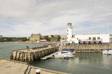 Scarborough, Harbour, Lighthouse, North Yorkshire, England, United Kingdom