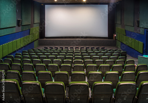 Foto op Plexiglas Theater Old hall in the cinema with rows of seats