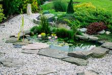 Garden Architecture. Garden Po...