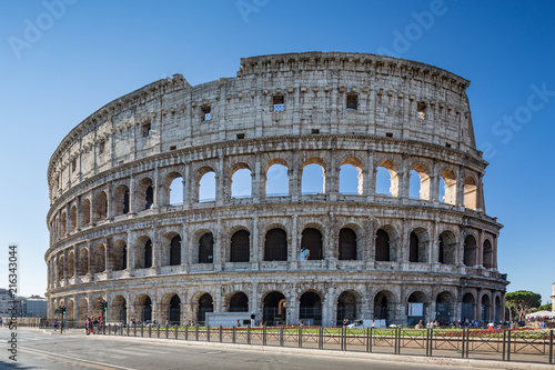 Photo  Rome Italy June 29th 2015 : The beautiful Colosseum, also known as the Flavian a