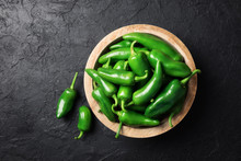 Green Jalapeno Hot Pepper In W...