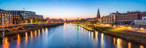 plakat Bremen skyline Panorama bei Nacht mit Blick über die Weser