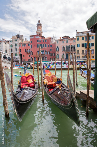 Spoed Foto op Canvas Gondolas Gondola on the Grand Canals of Venice