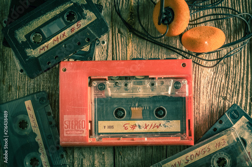Fotomural Retro audio cassette with walkman and headphones