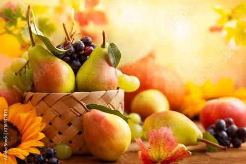Keuken foto achterwand Vruchten Autumn still life with seasonal fruits
