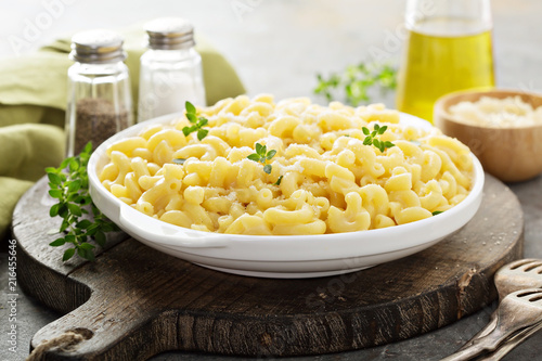 Fotografie, Obraz  Macaroni and cheese on a white plate