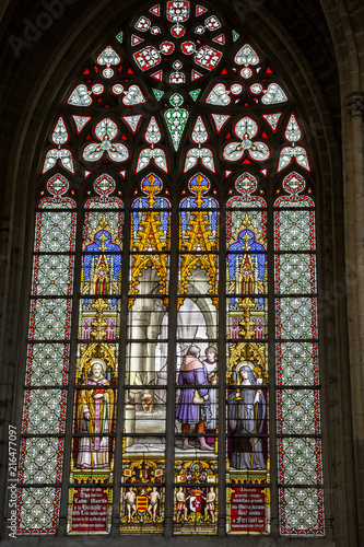 Foto op Canvas Brussel An ancient stained glass window in the Cathedral of St. Michael and St. Gudula