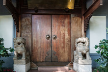 Old Ancient Antique Chinese Traditional Folding Door