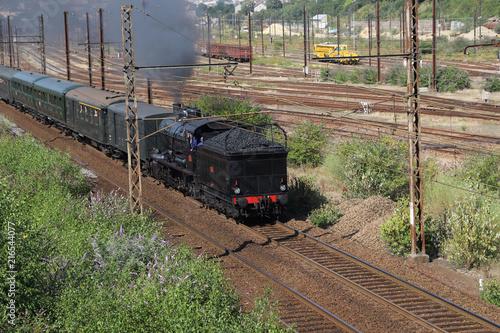 In de dag Spoorlijn Train et voie ferrée