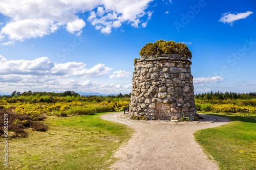 Memorial Cairn at the battlefield of Culloden Fototapeta
