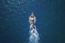 Beautiful Turquoise Ocean Wate...