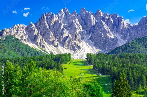 Dolomites in San Candido in summer Fototapet