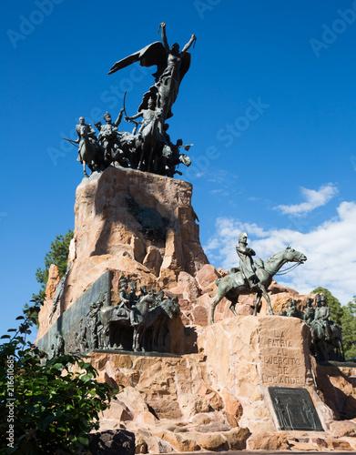 In de dag Historisch mon. Monument on Cerro de la Gloria, Mendoza