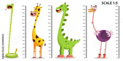 Pinturas sobre lienzo  Kids meter wall with a cute cartoon giraffe, dinosaur, ostrich, snake and measuring ruler