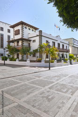 Wall Murals Northern Europe Architektur Rathaus Los llanos de Aridane La Palma