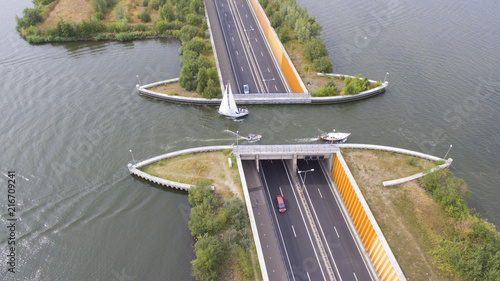 Canvastavla Navigable aqueduct