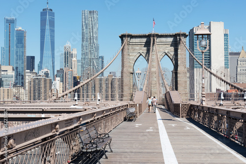 Valokuva brooklyn bridge with new york city