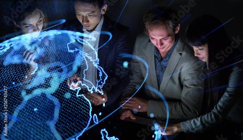 Staande foto Hoogte schaal グローバルビジネス