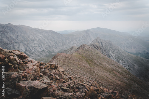 Foto op Plexiglas Cappuccino Landscape view of the Rocky Mountains from on top of Mount Bierstadt in Colorado.