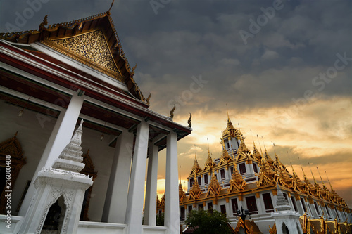 Foto op Plexiglas Asia land Loha Prasat at Wat Ratchanadda temple,This is the beauty of architecture and Buddhist temples in Bangkok