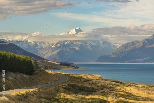 Poster Bergen Road alongside Lake Pukaki, looking towards Mt Cook mountain range. Ben Ohau, Mackenzie district, Canterbury region, South Island, New Zealand.