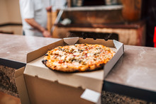 Delicious Pizza In A Box For T...