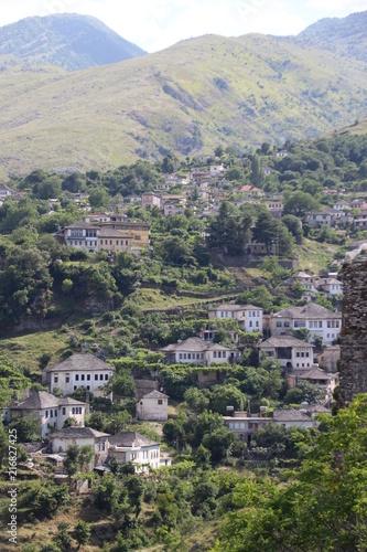 Spoed Foto op Canvas Khaki View of Gjirokaster