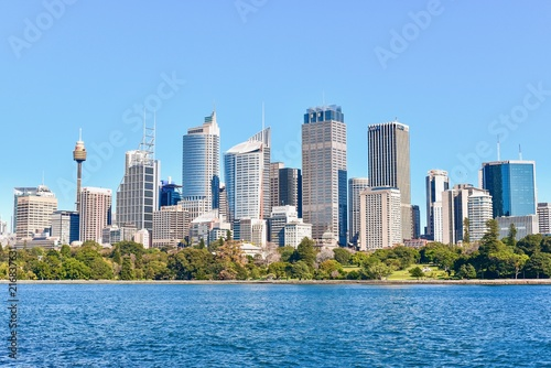 Poster Oceanië View of Modern Sydney Skylines Near Harbour Bay in Australia