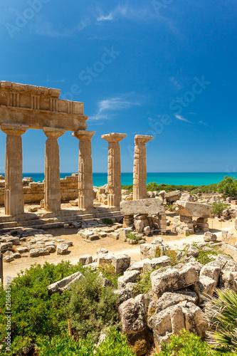 Foto op Plexiglas Historisch geb. Tempio Greco di Selinunte, Sicilia, Italia