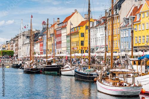 Fotografie, Obraz  Scenic summer view of Nyhavn pier