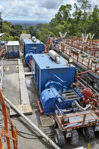 Foto op Plexiglas Motorsport Drilling rig mud pump set with power generator