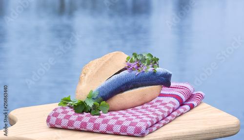 Stampa su Tela Bun with bismarck herring