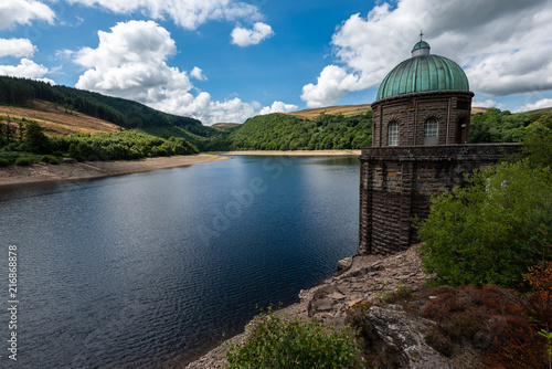 Staande foto Grijs Elan valley reservoirs in a dry and very hot summer time in the welsh countryside
