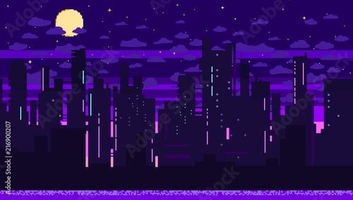 Piksel sztuka tło gry z drogi, ziemi, zachód słońca, krajobraz, niebo, chmury, miasto sylwetka, gwiazdy i księżyc. Tło z gradientem.