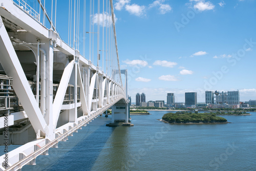 Keuken foto achterwand Aziatische Plekken Rainbow Bridge and Odaiba skyline in Tokyo, Japan レインボーブリッジとお台場
