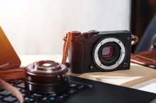 Mirrorless Camera With Leather Strap
