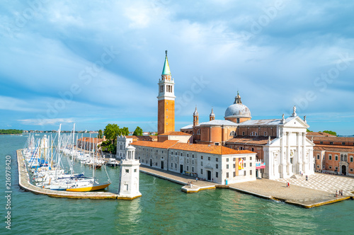 Tuinposter Venetie Venice, the architectures on the canals banks