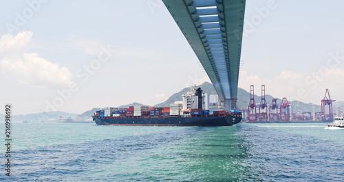 Fotobehang Poort Container terminal port Stonecutters Bridge in Hong Kong