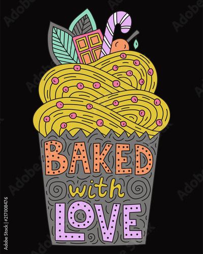 wspierany-z-miloscia-napis-w-srodku-cupcake