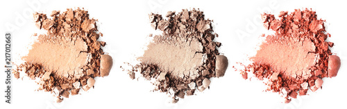 Fotografía  Crushed makeup products on white background