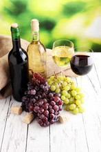 White Wine And Red Wine In A Glass With Fall Grapes, White Woode