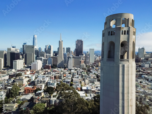 Keuken foto achterwand San Francisco Aerial view Coit Tower and downtown financial district skylines in San Francisco, California, USA