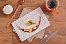 Tapioca Filled With Hazelnut Cream And Banana Slices