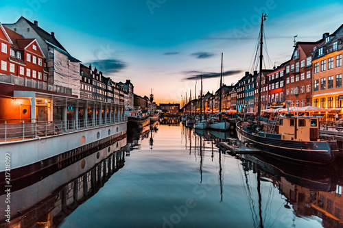 Nyhavn at golden hour (Copenhagen, Denmark) Canvas Print