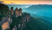 Dawn At The Three Sisters In The Blue Mountains Australia