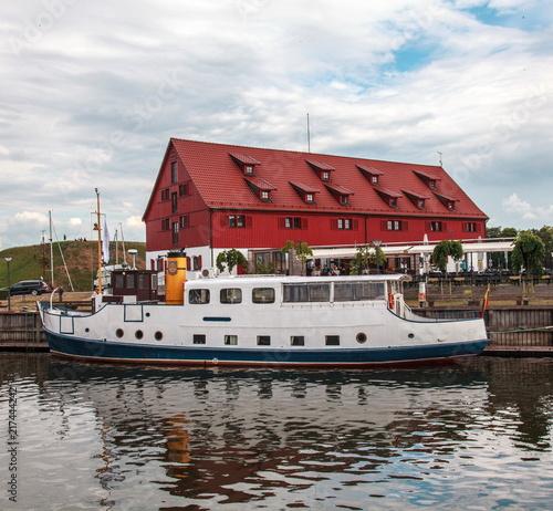 Fotobehang Poort KLaipeda,boat to the quay