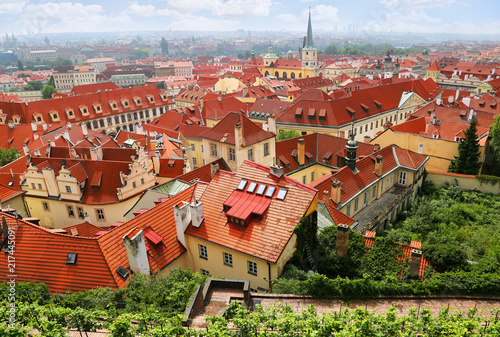 Fotobehang Centraal Europa Cityscape with red roofs in Mala Strana in Prague, Czech Republic